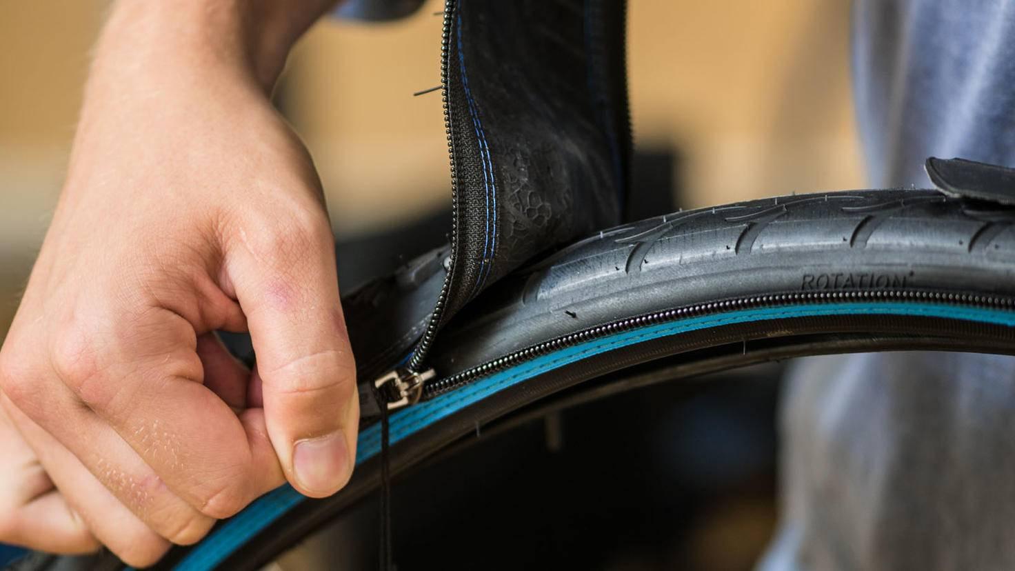 Reißverschluss-Fahrradreifen reTyre One integrated zipper closeup