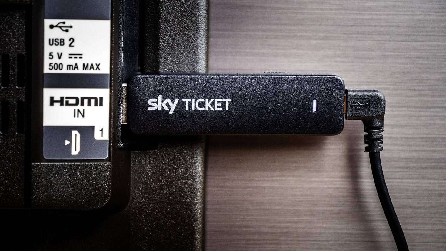 Sky-Ticket-Stick-08