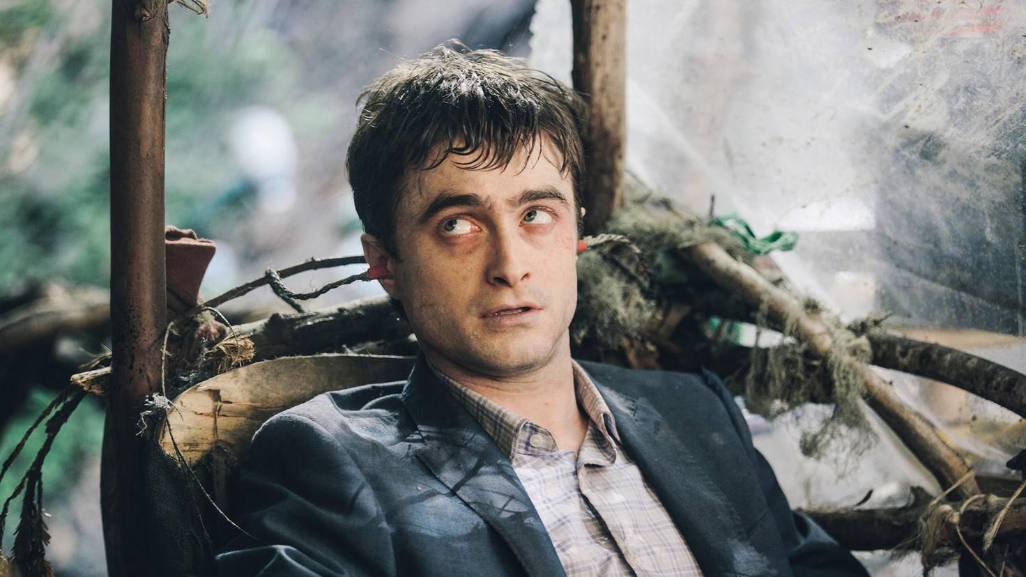 """Selbst als aufgeblähte Leiche in """"Swiss Army Man"""" macht Daniel Radcliffe eine gute Figur."""