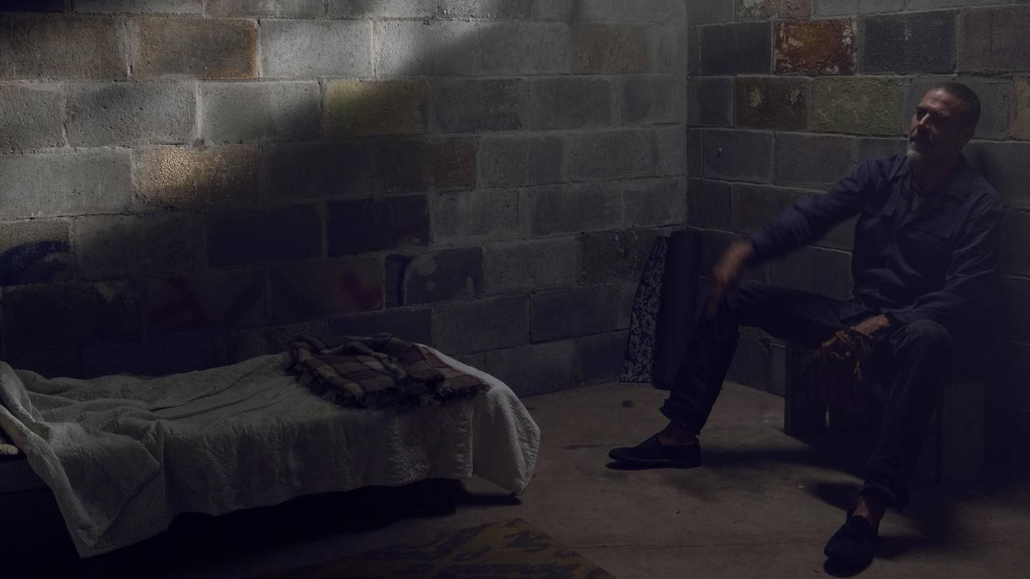 The Walking Dead-S09E08-Negan-Gene Page-AMC