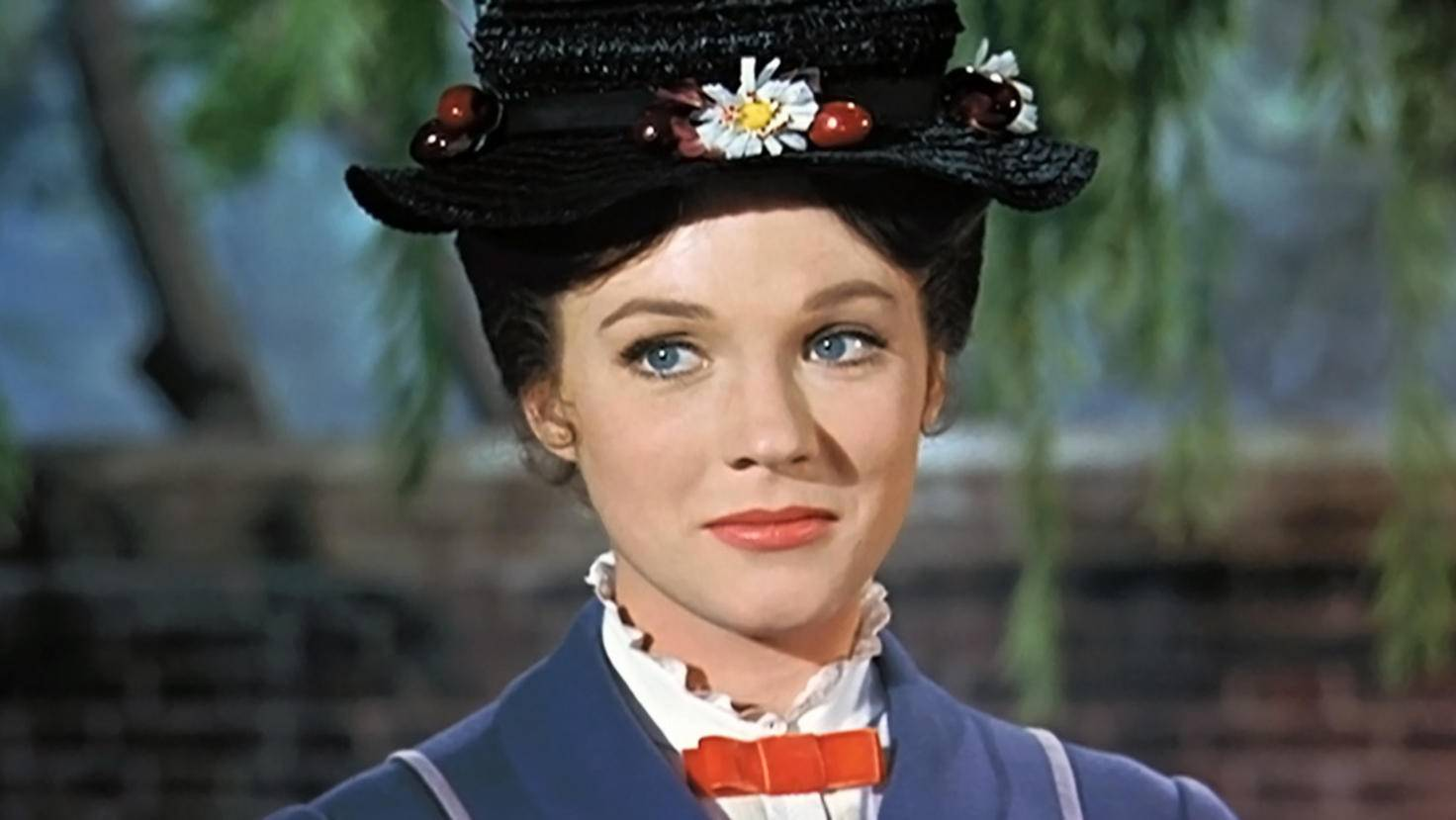 Mary Poppins-Julie Andrew-picture alliance-Everett Collection-93360451
