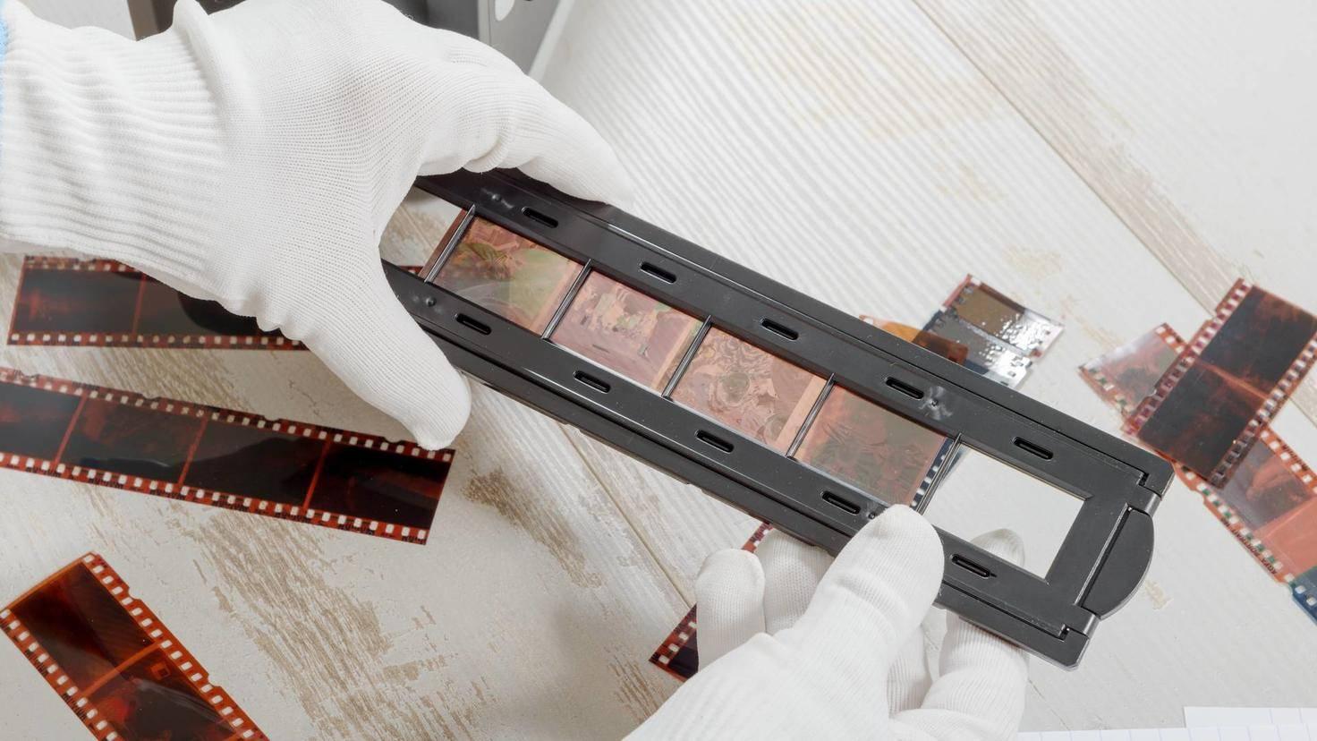 technician scan a negative film