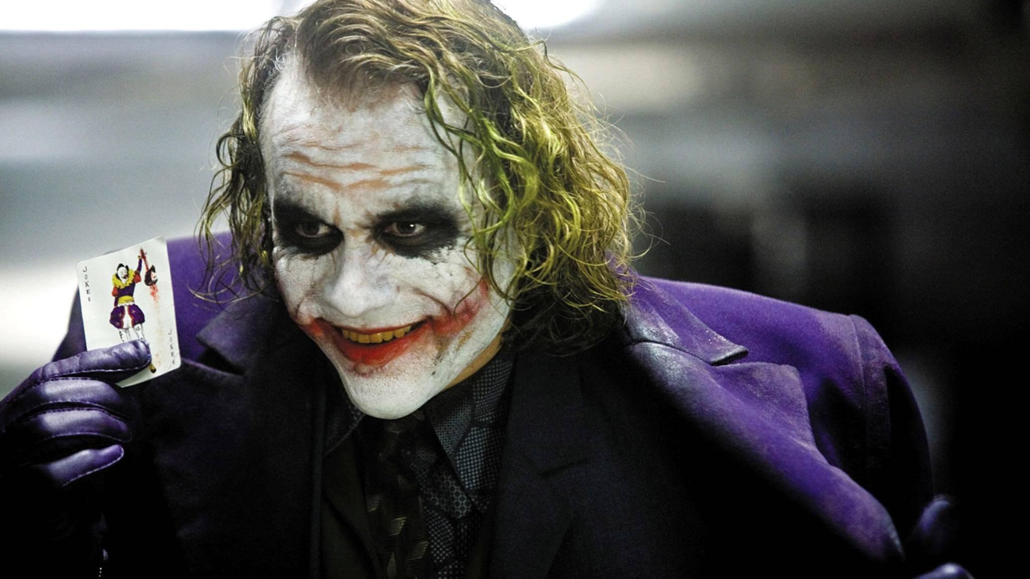 """Der verstorbene Schauspieler Heath Ledger bekam für seinen Joker in """"The Dark Knight"""" (2008) posthum einen Oscar."""