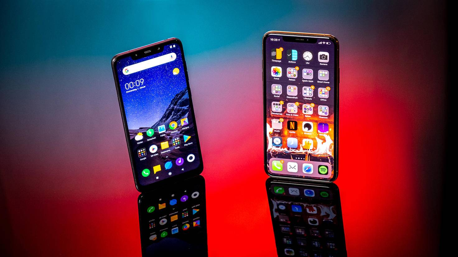 Xiaomi Pocophone F1 und iPhone XS Max