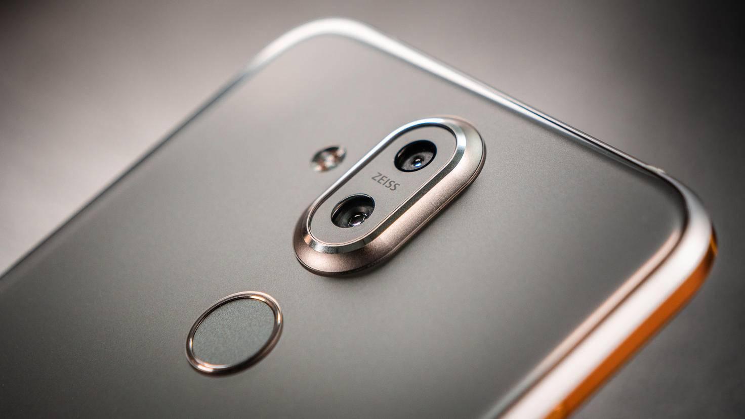 Die Hauptkamera bietet eine optische Bildstabilisierung.