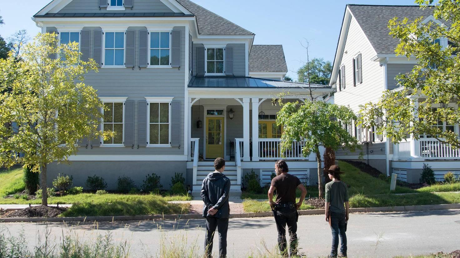 The Walking Dead-S05-Alexandria-Gene Page-AMC