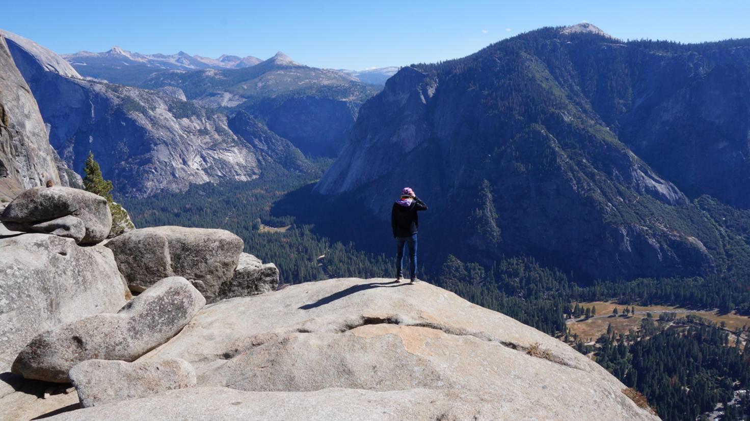 Die meisten Felswände (auch El Cap) lassen sich auch durch Hiking-Trails besteigen.
