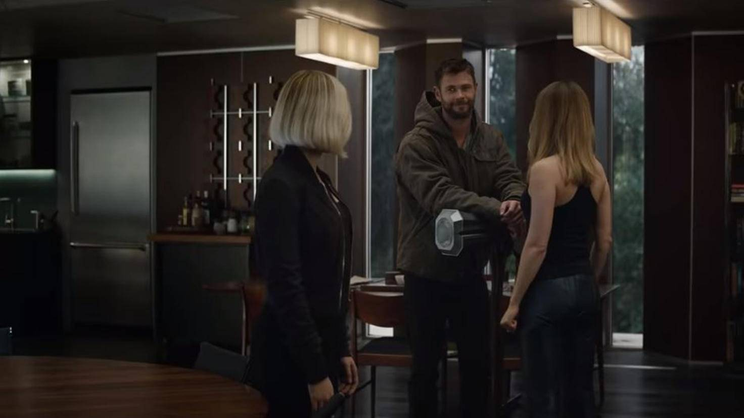 """... diese Szene wiederum dürfte kurz nach """"Infinity War"""" und der """"Captain Marvel""""-Postcredit-Szene spielen."""