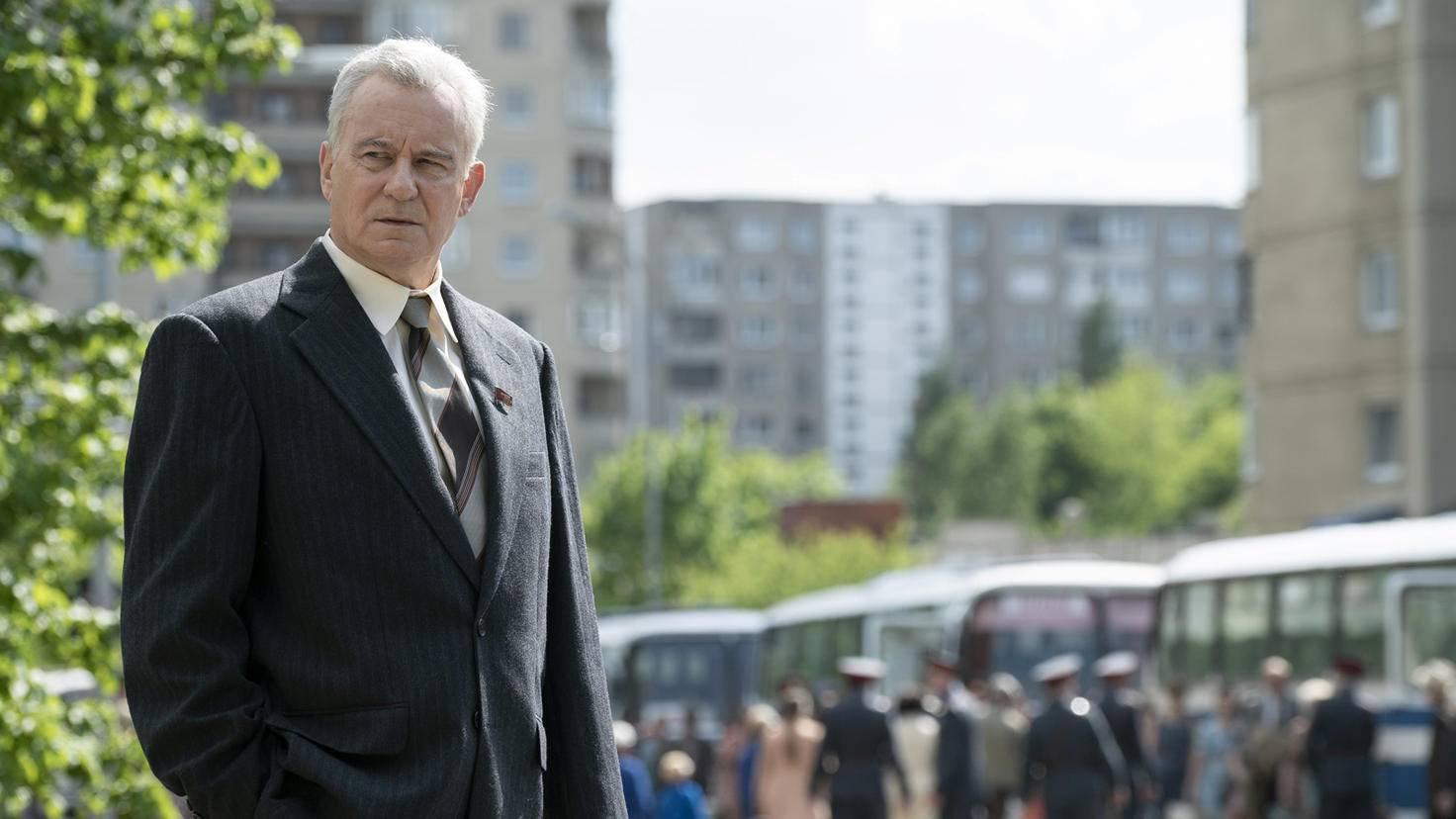 Stellan Skarsgård spielt den stellvertretenden sowjetischen Premierminister Boris Shcherbina.