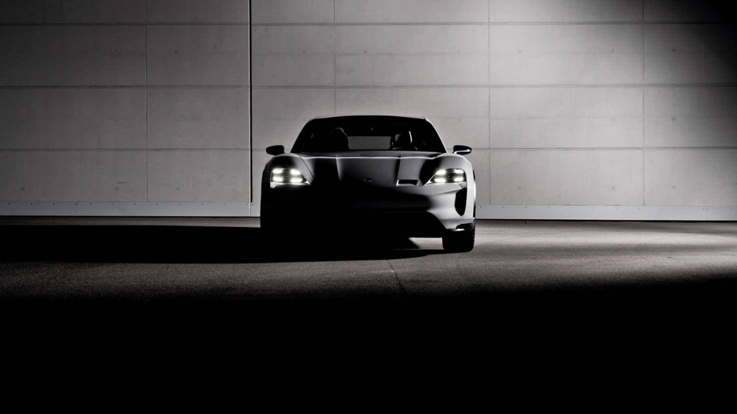 Porsche Konzeptstudie Mission E Cross Turismo