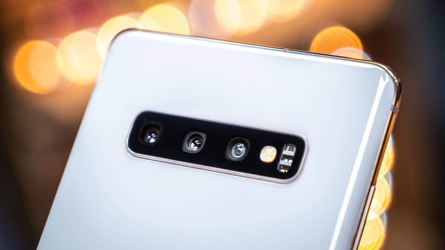 Samsung-Galaxy-S10+-04