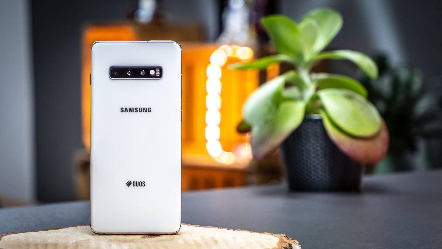 Samsung-Galaxy-S10+-11