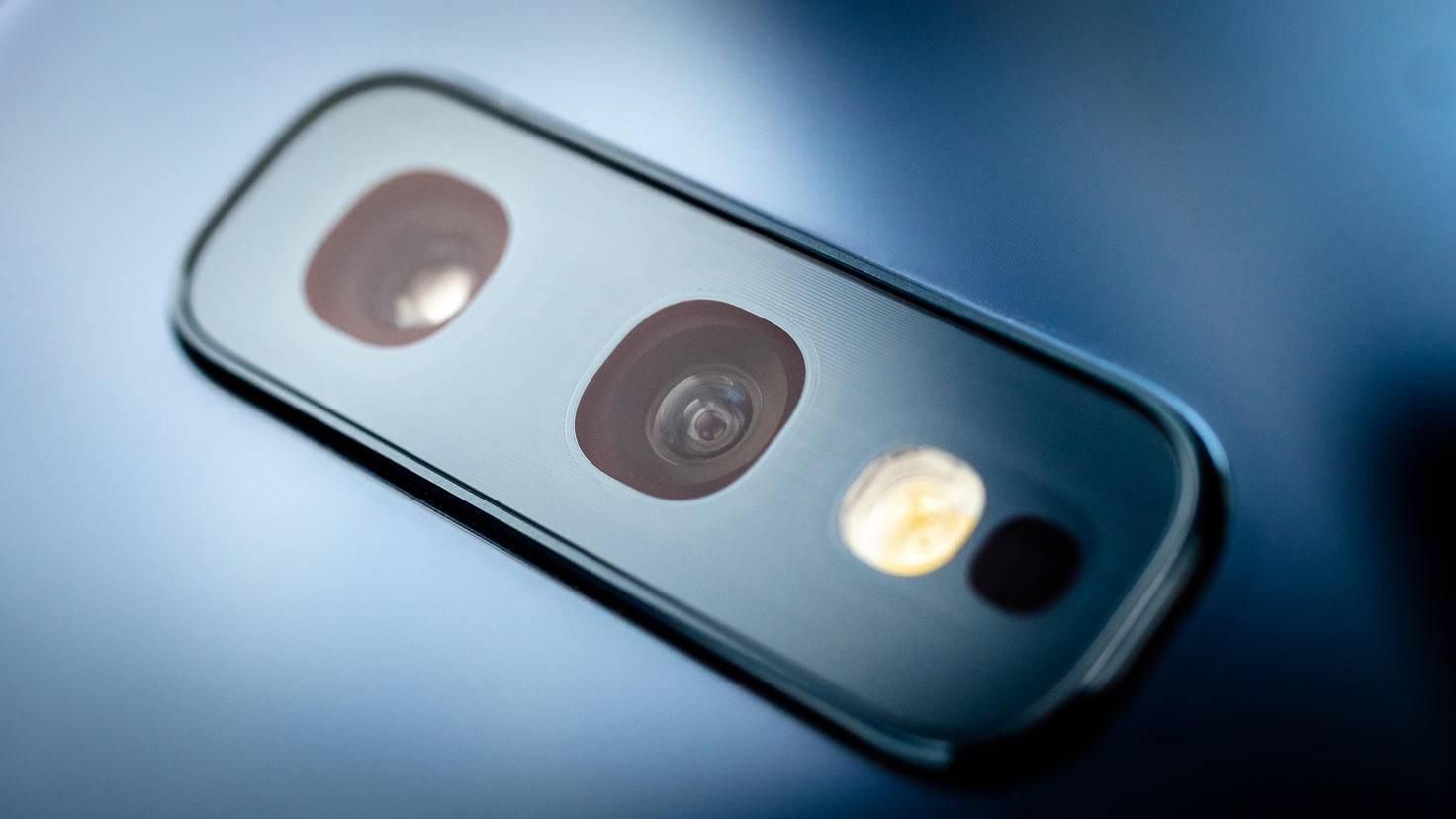 Samsung-Galaxy-S10e-034