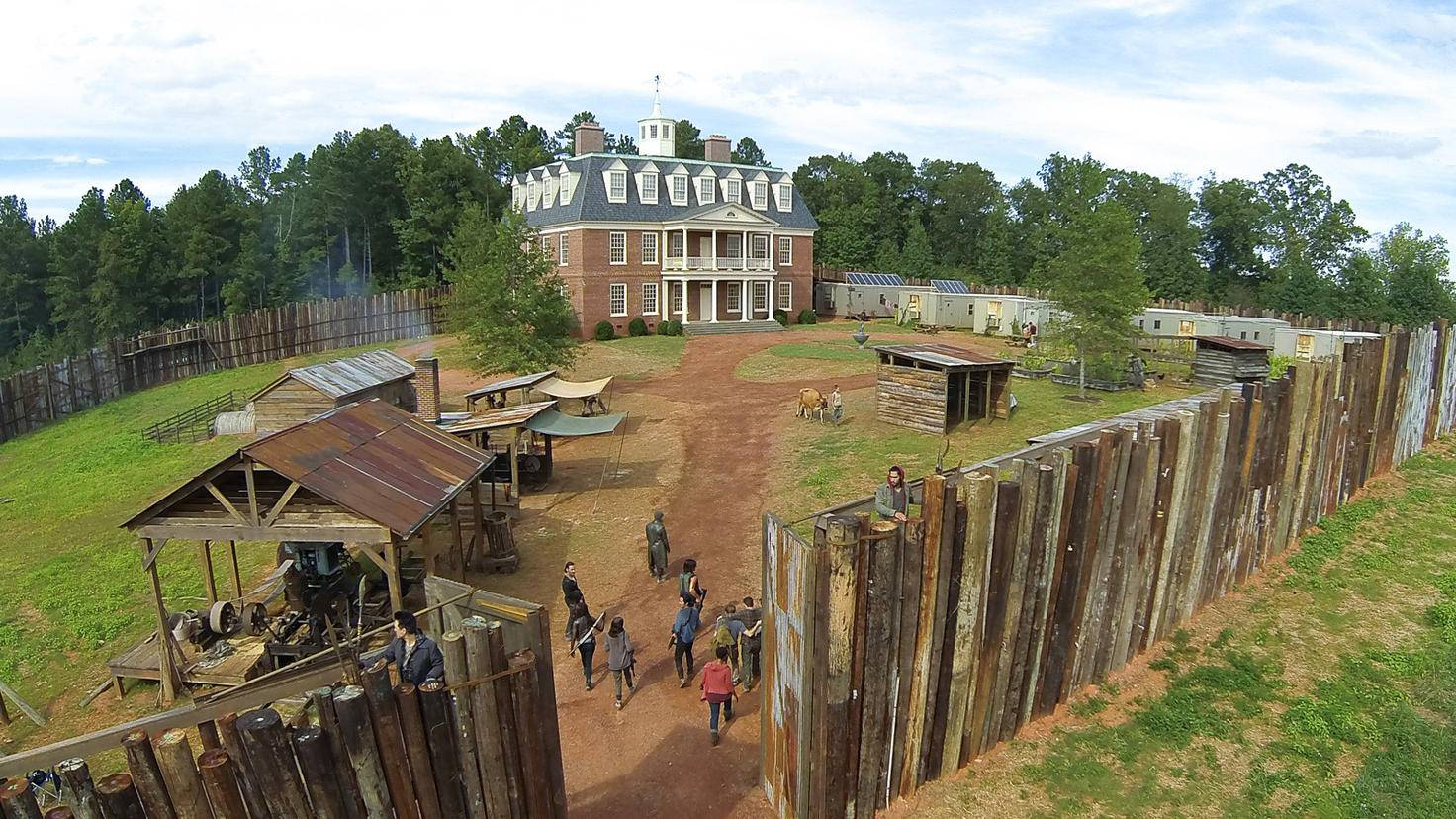 The Walking Dead-S06E11-Hilltop-Gene Page-AMC