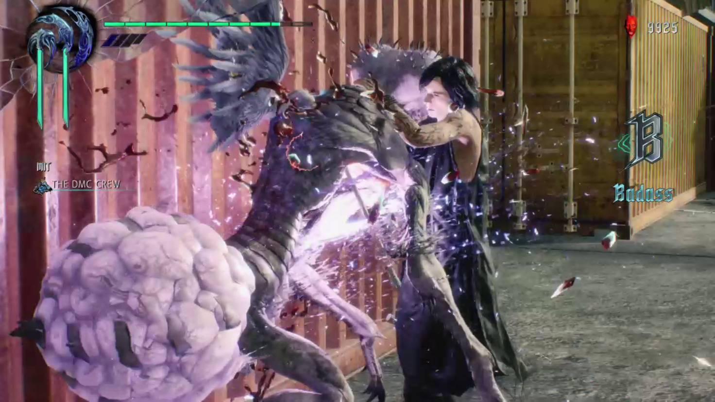 Obwohl V im Kampf nicht sehr aktiv ist, lässt er es sich nicht nehmen, manche Gegner persönlich zurück in die Hölle zu schicken.