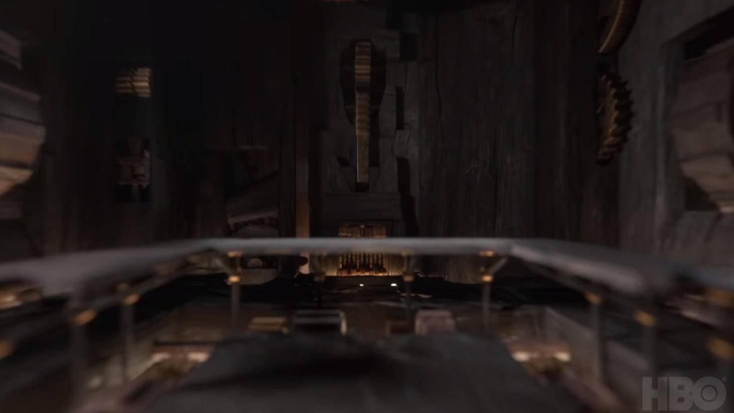 ... geht's direkt in den Thronsaal von Winterfell ...