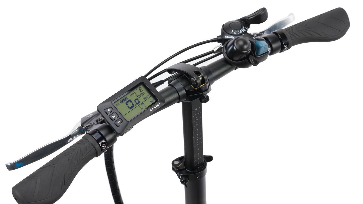 ... und hat wie die anderen Modelle einen LCD-Bike-Computer an Bord.
