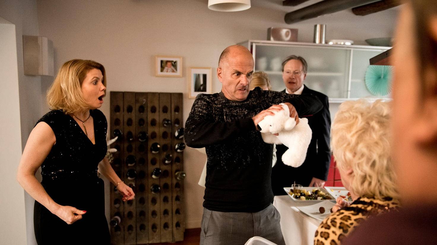 Feiern der Familie Merz/Reichert enden nicht selten im absoluten Chaos.