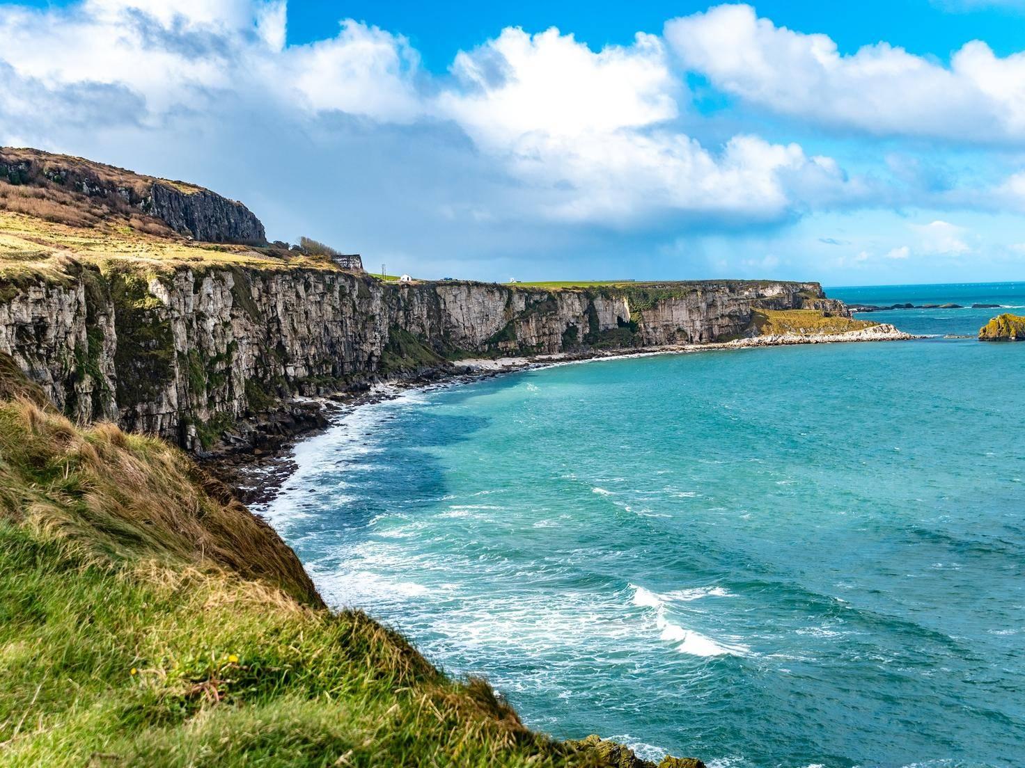wunderschöne Küstenlandschaften, ...
