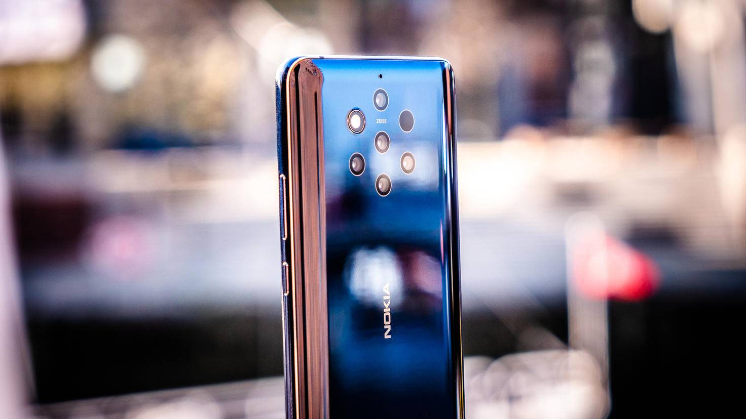 nokia-9-pureview-turn-on-6