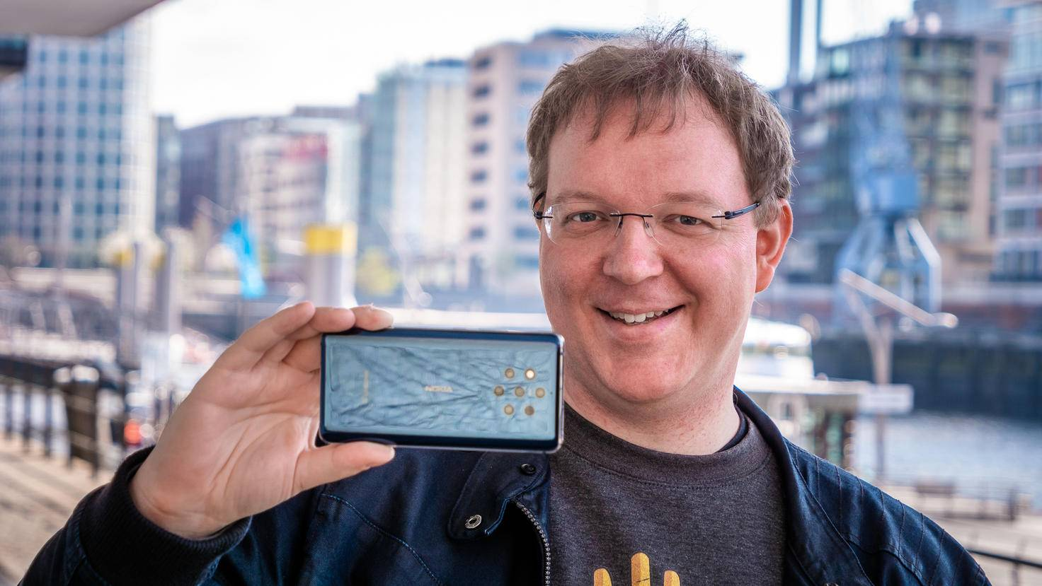 nokia-9-pureview-turn-on-7-andreas-mueller
