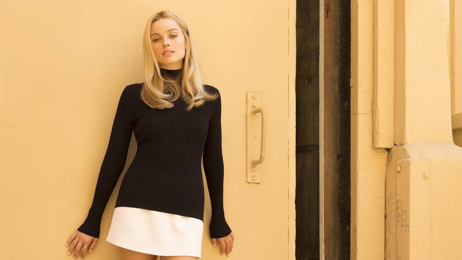 Sharon Tate (Margot Robbie) zieht ins Nachbarhaus von Rick Dalton.