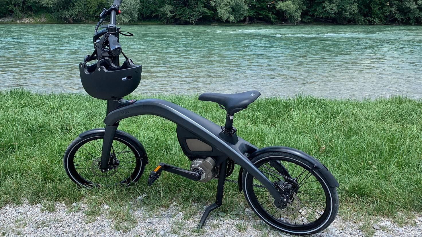 Geschwungener Rahmen, kleine Räder: Die markante Optik der Ariv-Bikes sorgt für Aufsehen.