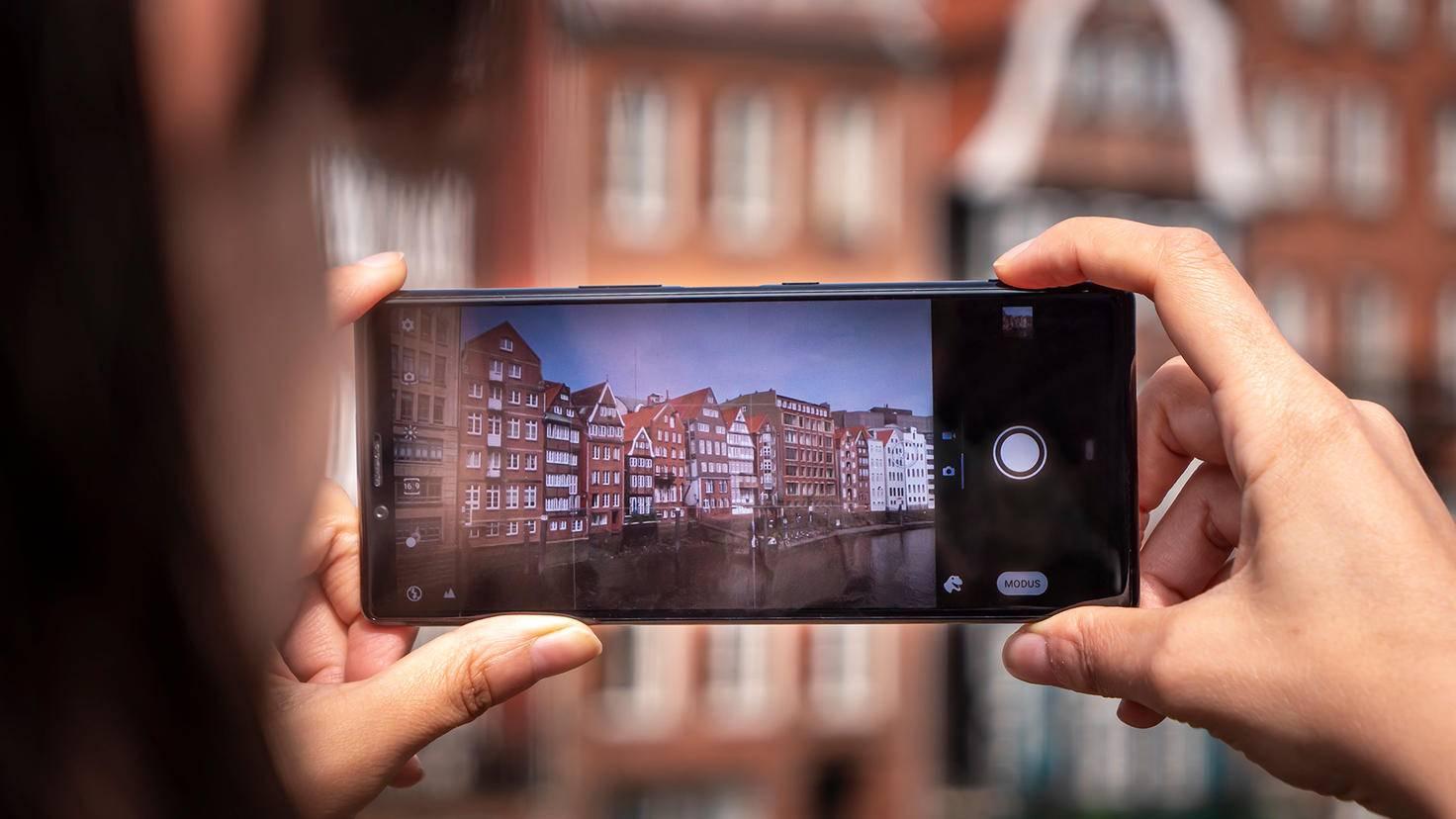 Sony Xperia 1 mit Kamera-Auslöser