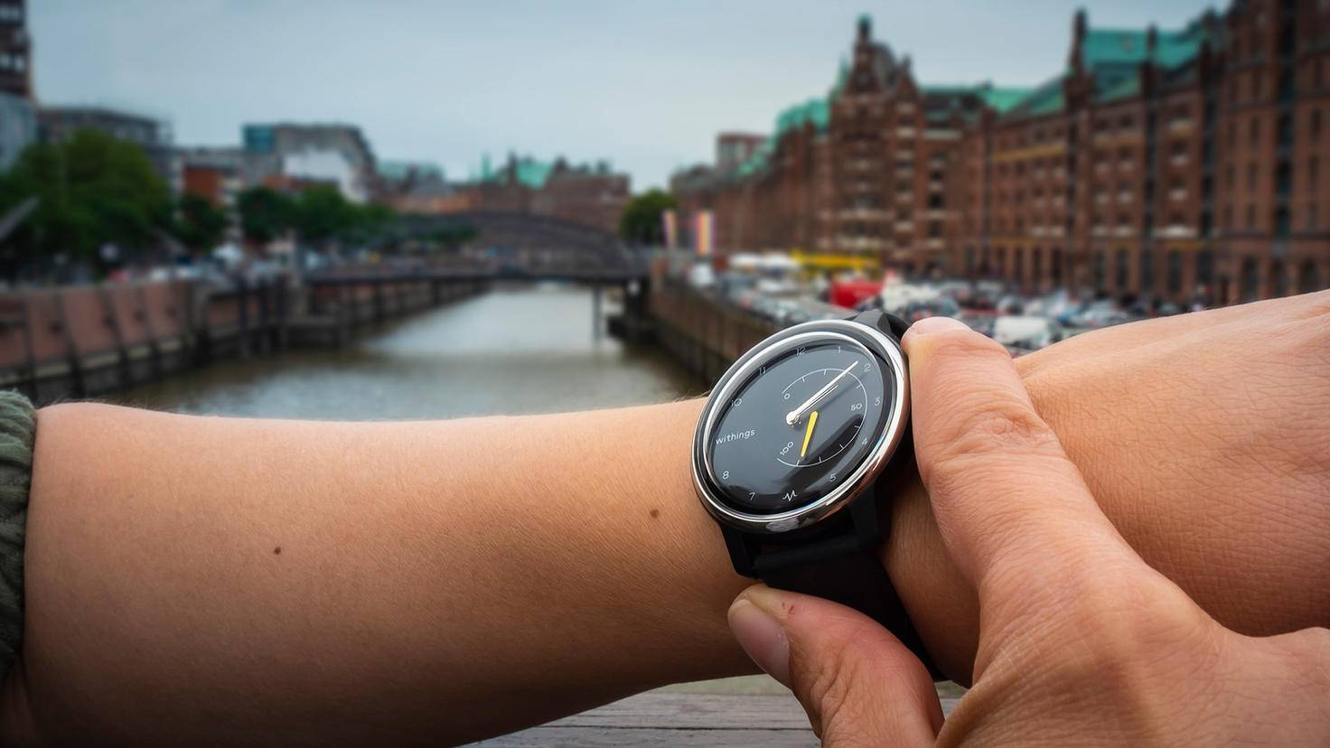 withings move ecg Handgelenk Hafen