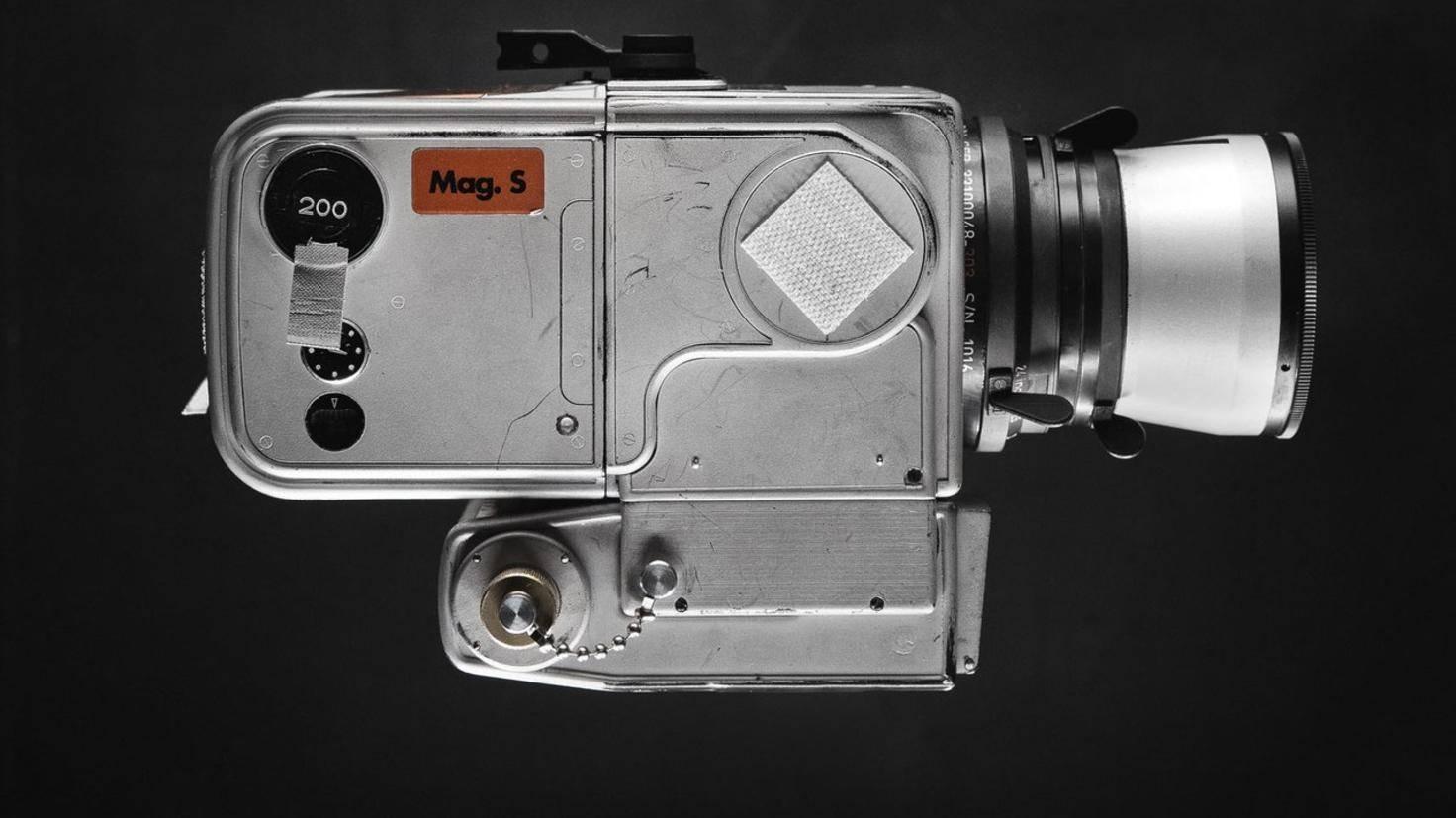 Hasselblad Mond-Kamera-Replika von Cole Rise