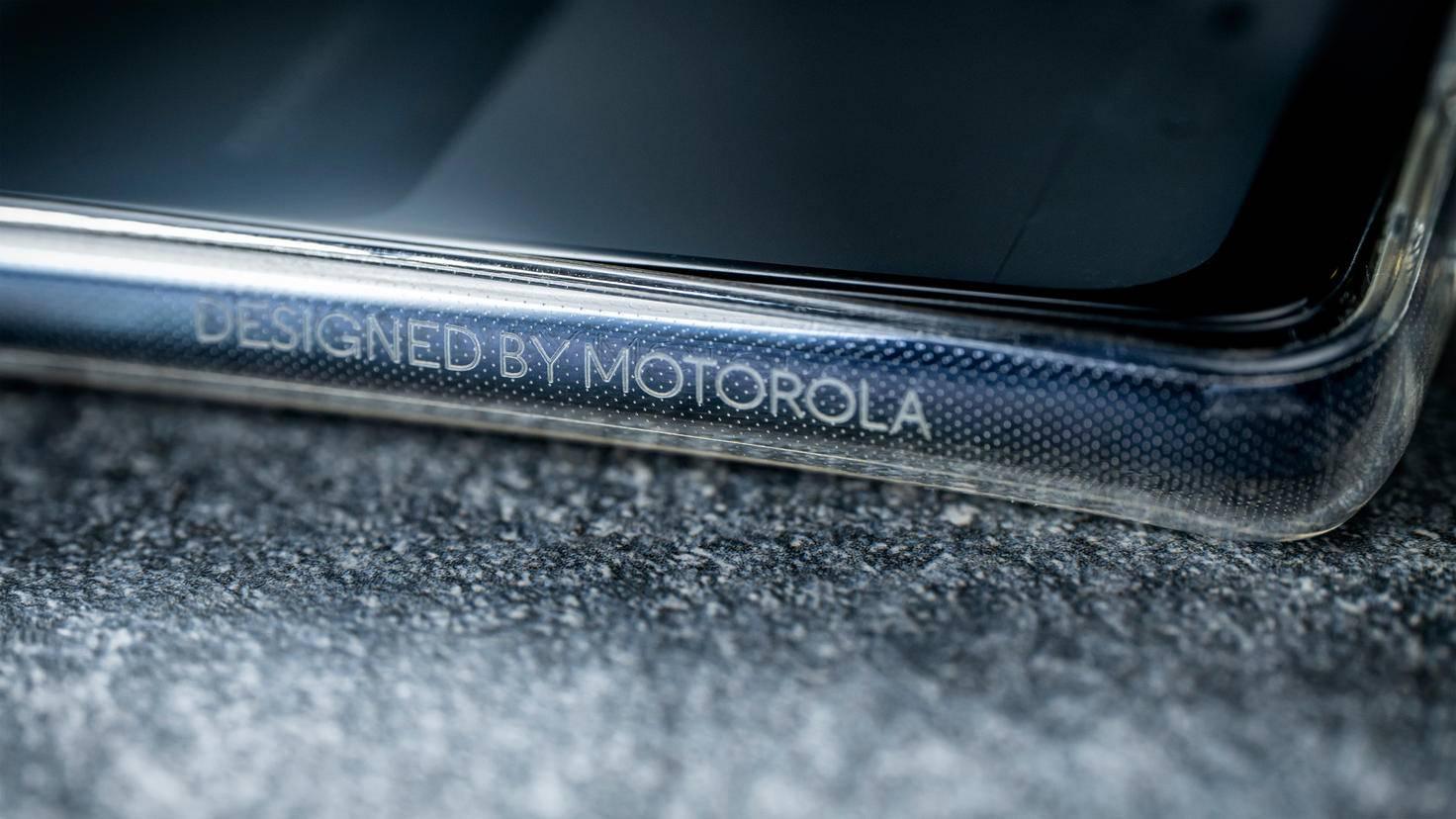 motorola-one-action-3