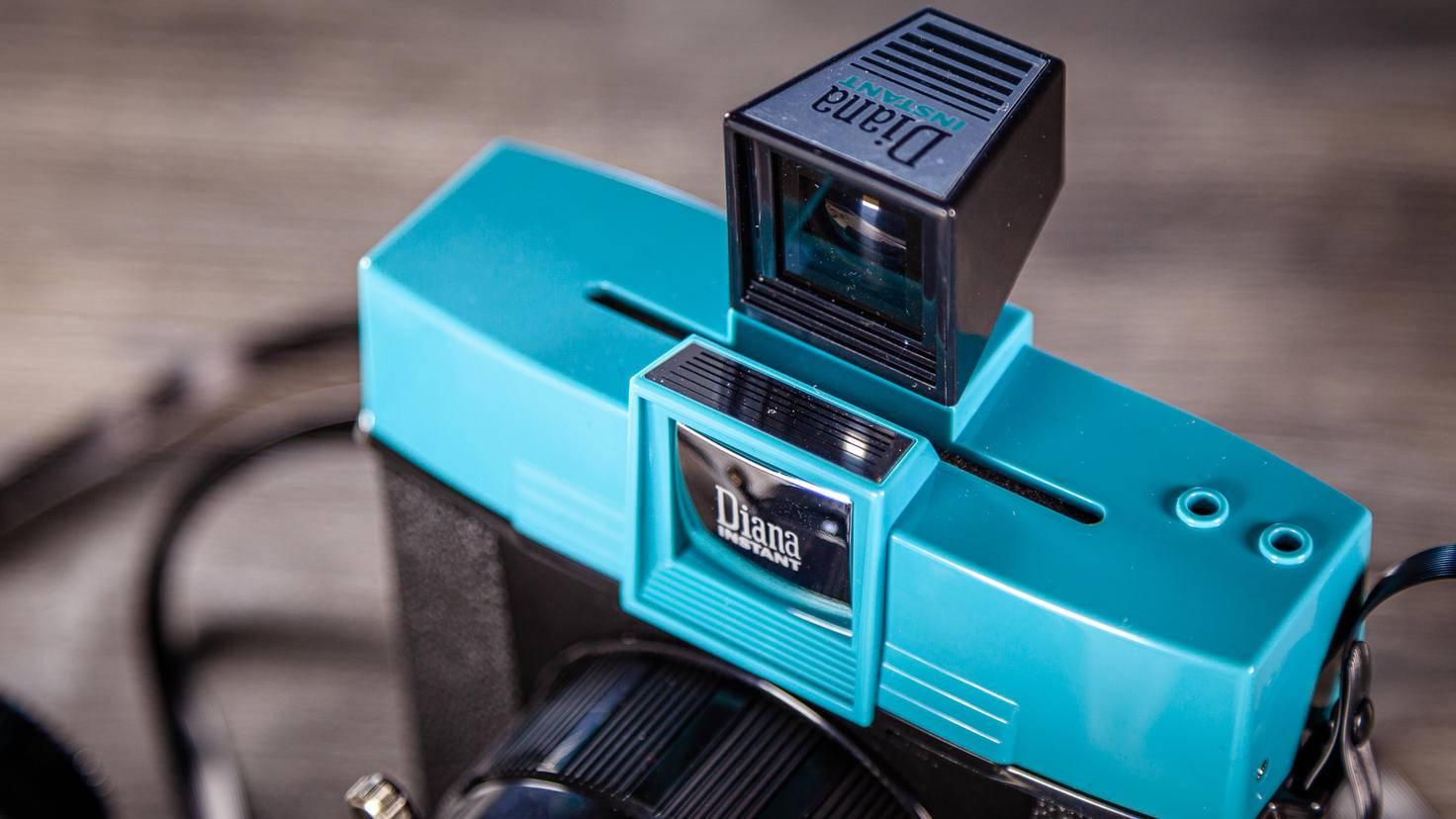 Diana Instant Square Filmschlitz