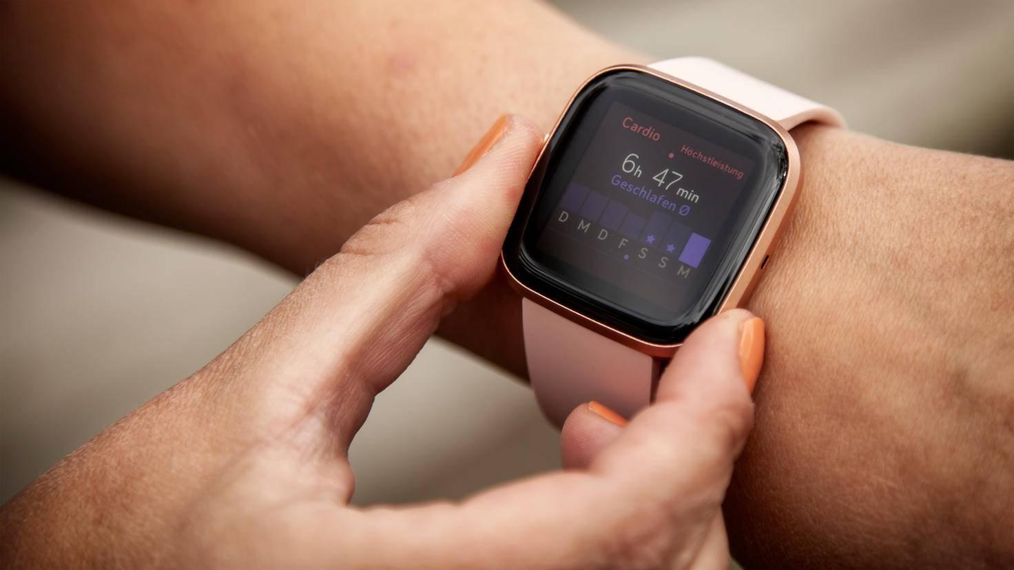 Daten zur vergangenen Nacht kannst Du hingegen auch über die Smartwatch abrufen.
