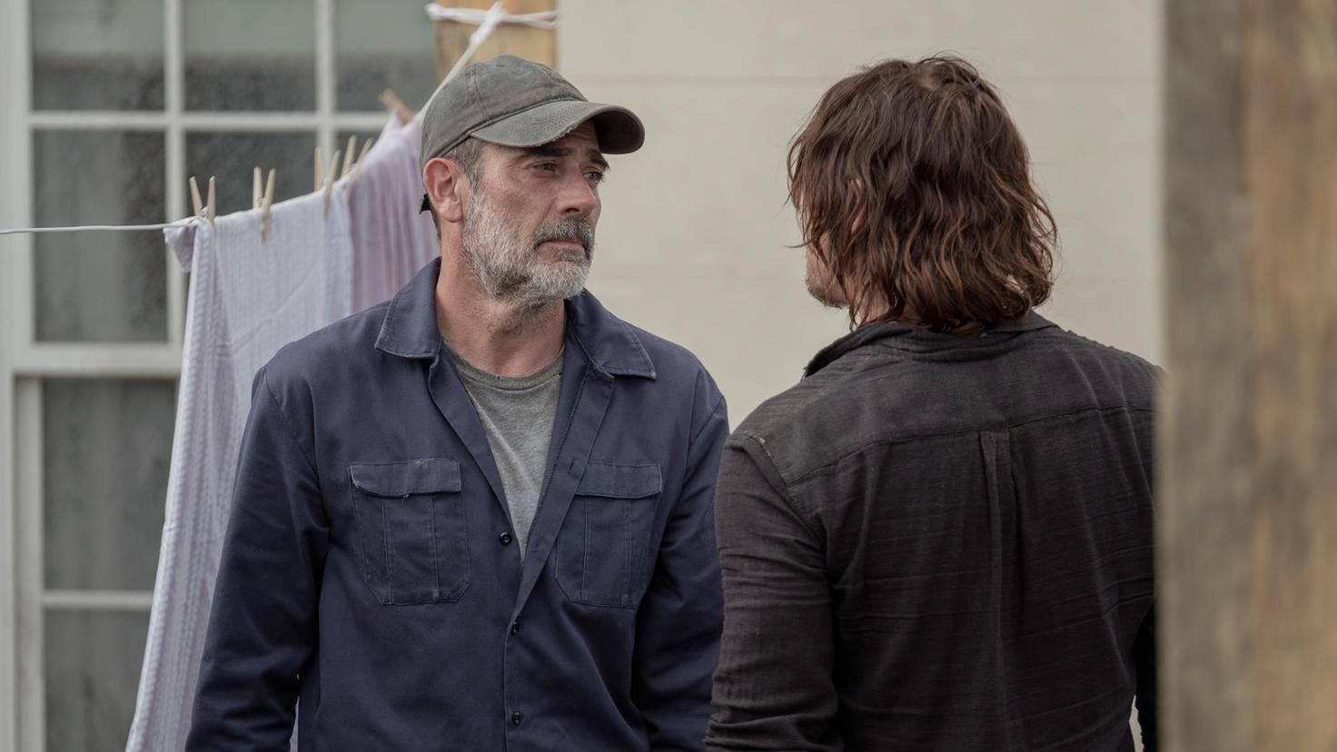 The Walking Dead-S10E01-Negan-Daryl-Eliza Morse-AMC