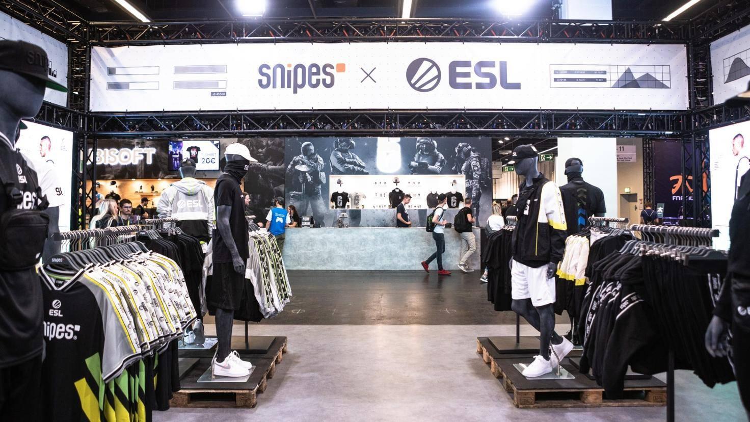 esl-gamescom-merchandise-2019
