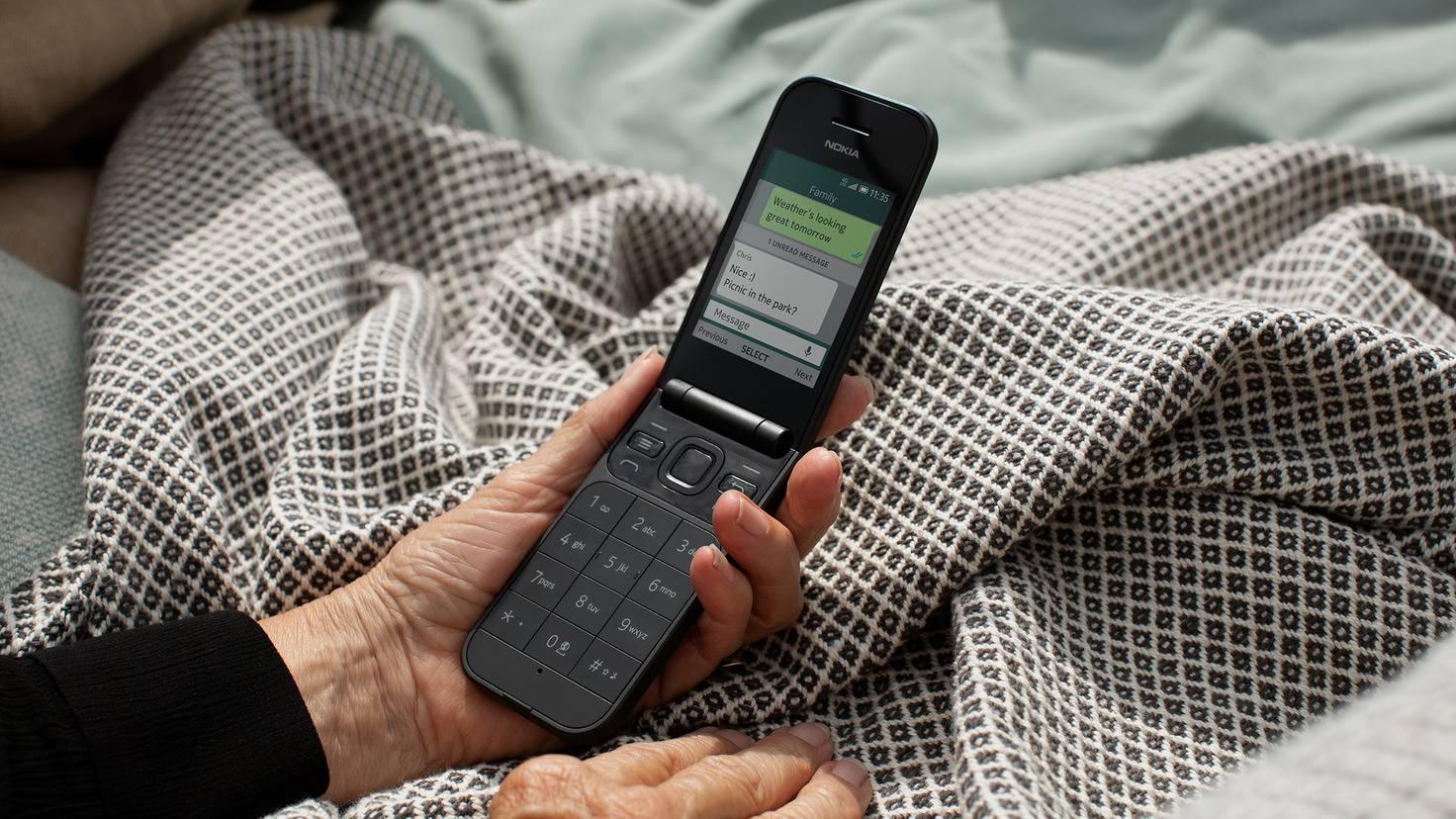 nokia-2720-flip-phone
