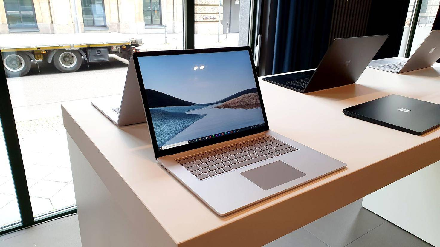 Surface-Laptop-3-Foto-01