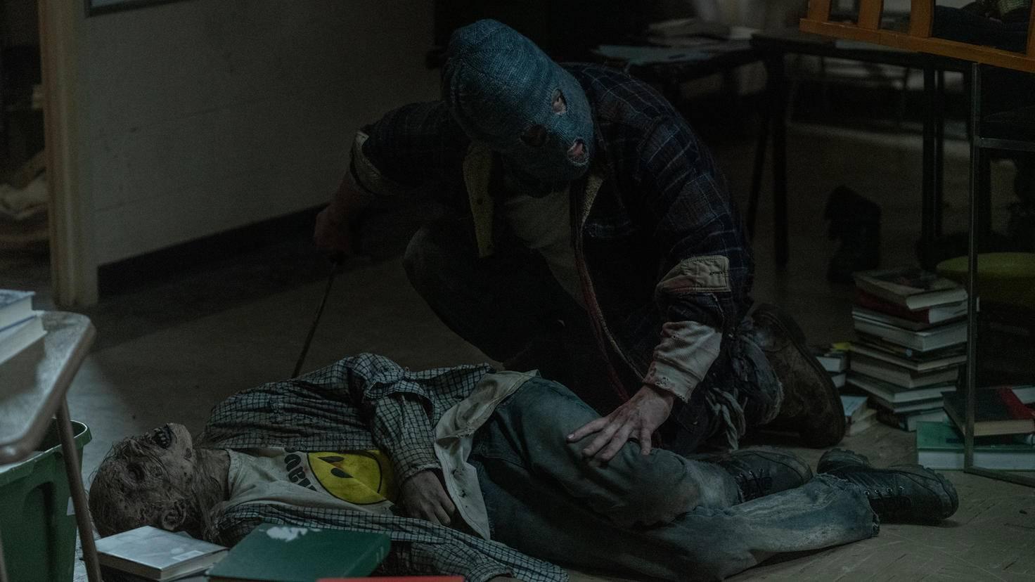 The Walking Dead-S10E02-Beta-Jace Downs-AMC