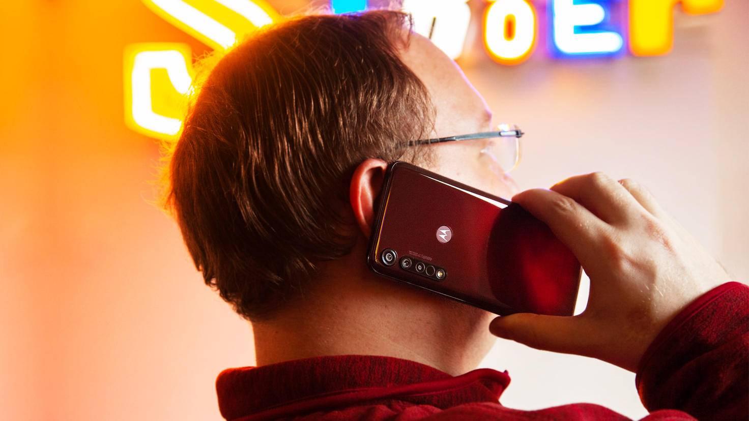Motorola-Moto-G8-Plus-4
