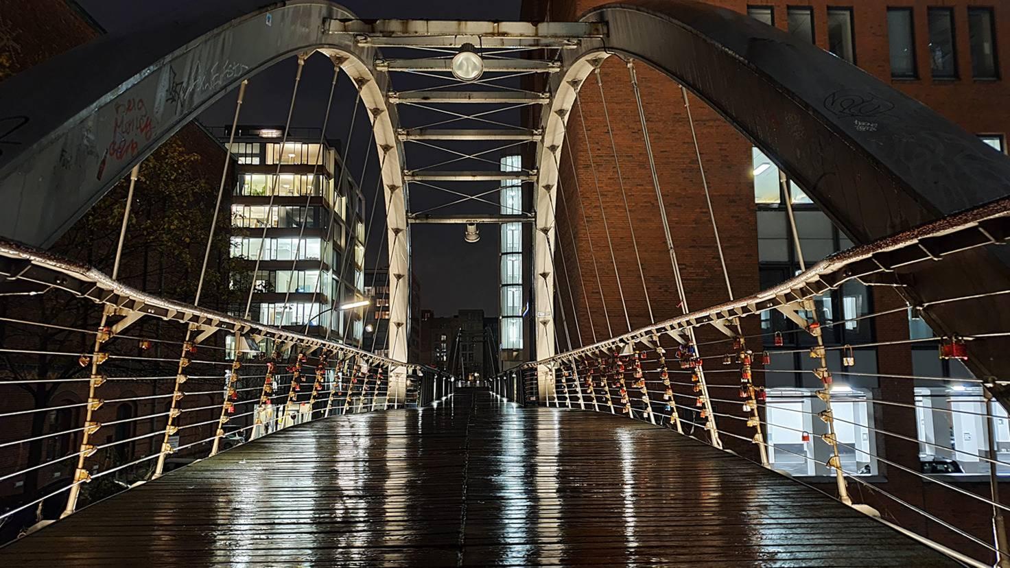 Galaxy Note 10 Brücke mit Nachtmodus