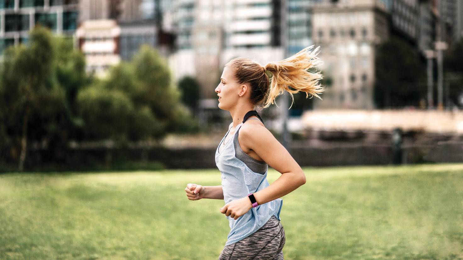 Fitbit Charge 4 Lifestyle Sport-Shot