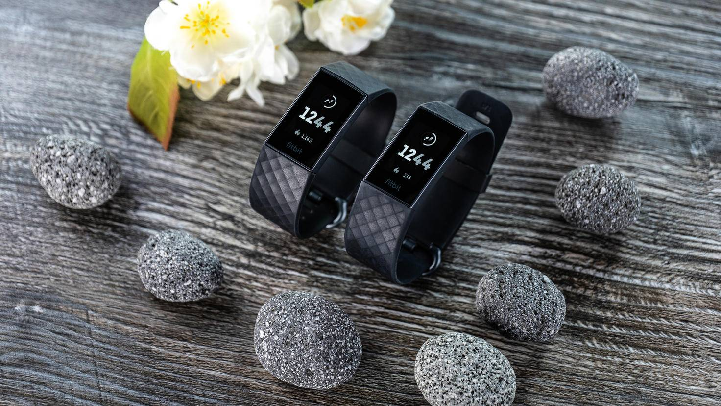 Fitbit Charge 4 und Fitbit Charge 3