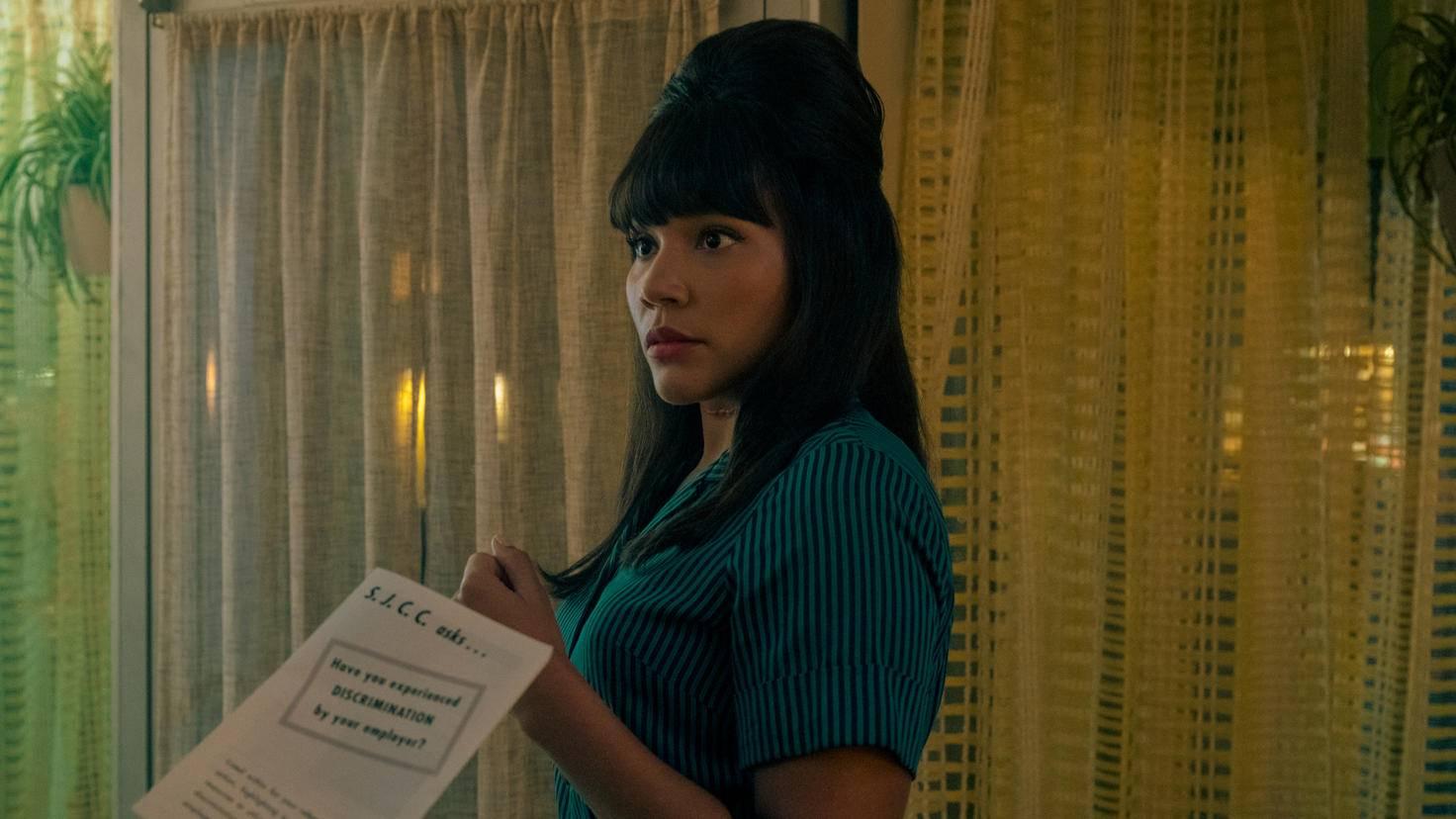 Umbrella Academy Emmy Raver-Lampman als Allison in Staffel 2