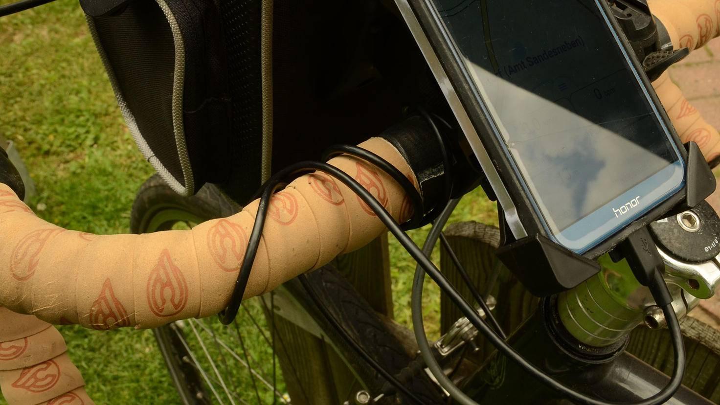 Fahrrad Navi Lenker Kabel befestigen