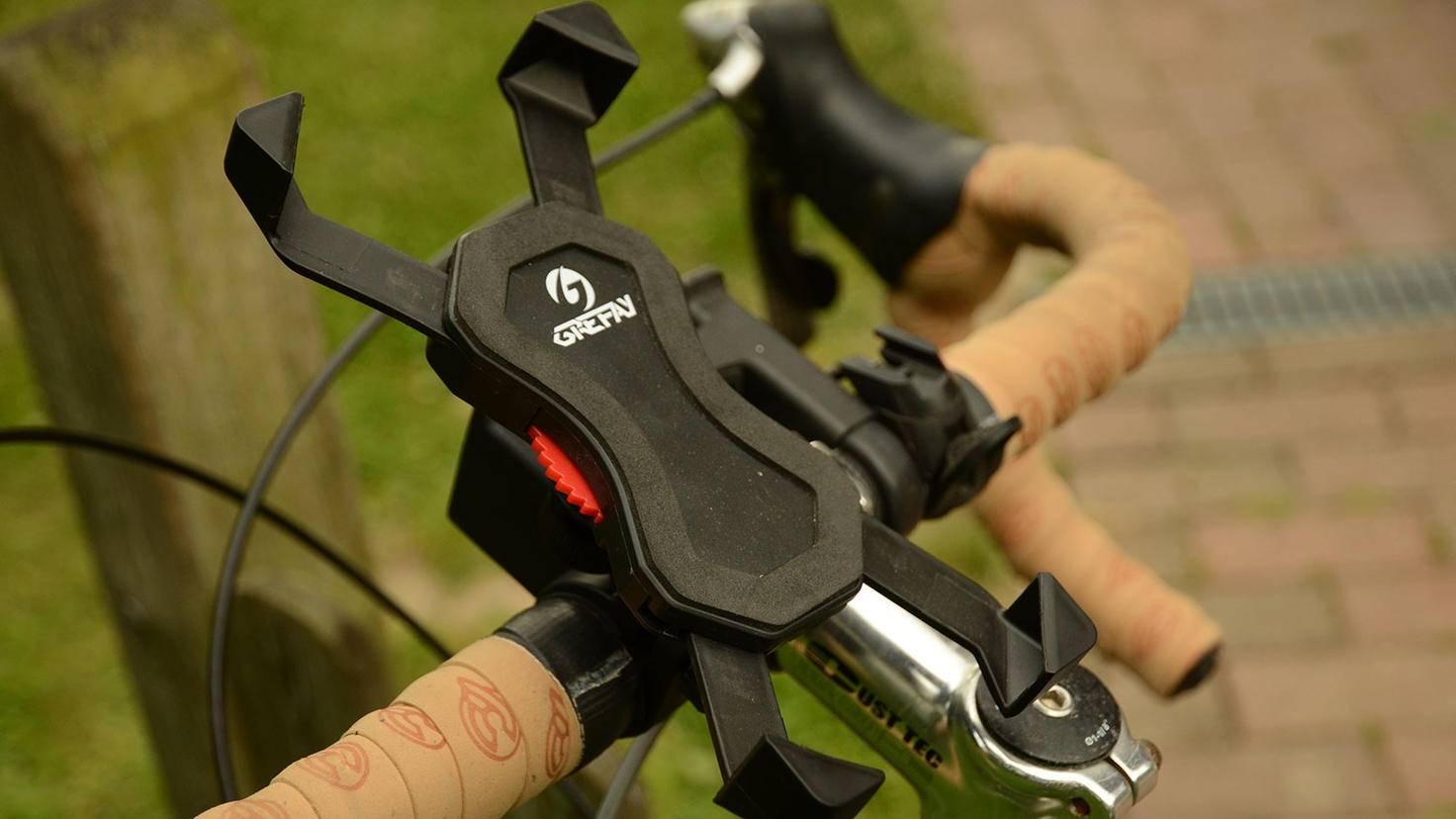 Eine stabile Smarttphone-Halterung fürs Fahrrad ist beim Einsatz als Navi Pflicht.