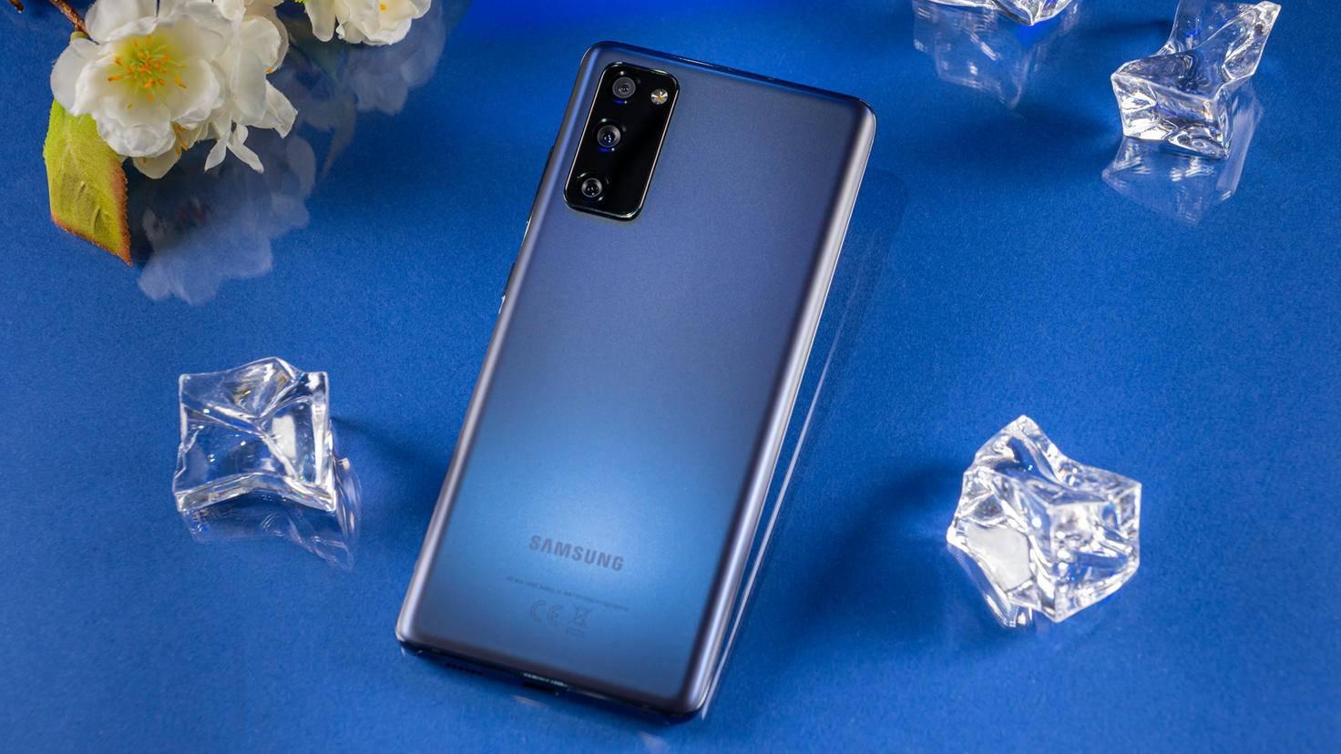 Samsung-Galaxy-S20-FE-04