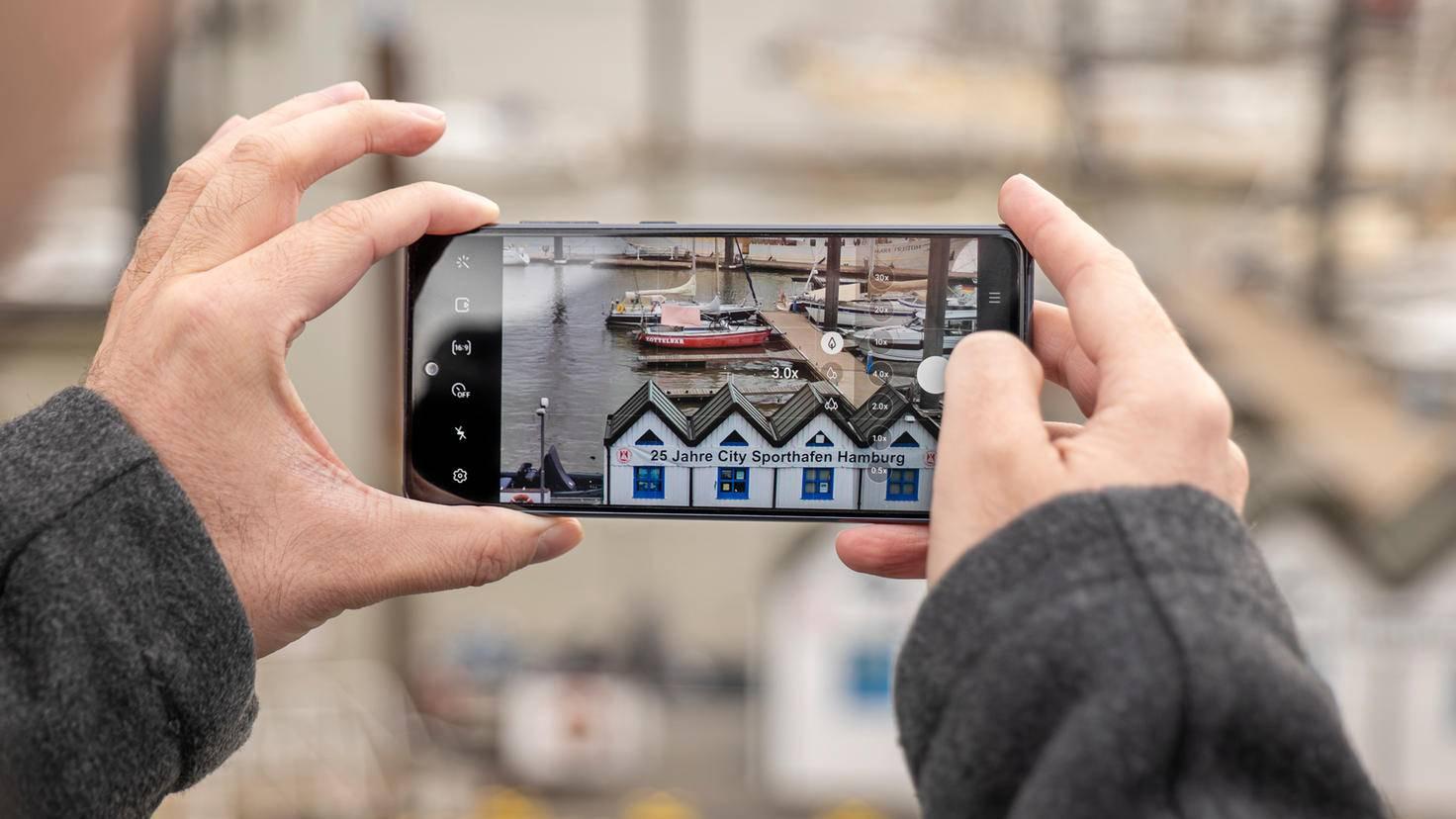 Samsung-Galaxy-S20-FE-09