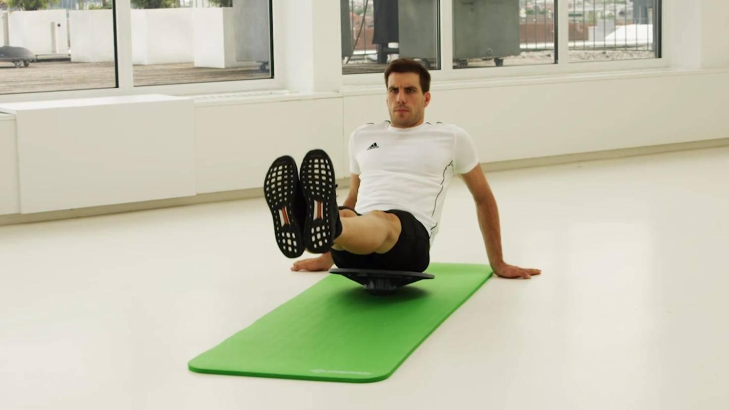fitnessstudio-zu-hause-guenstige-geraete-Balanceboard