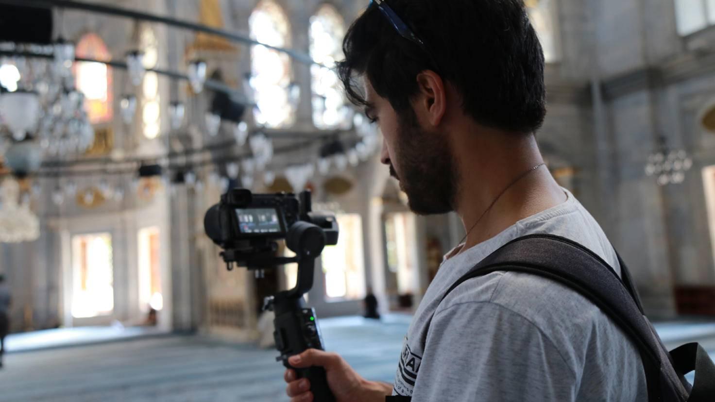 vlog-equipment-ausruestung-vlogger-zubehoer-kamera-gimbal