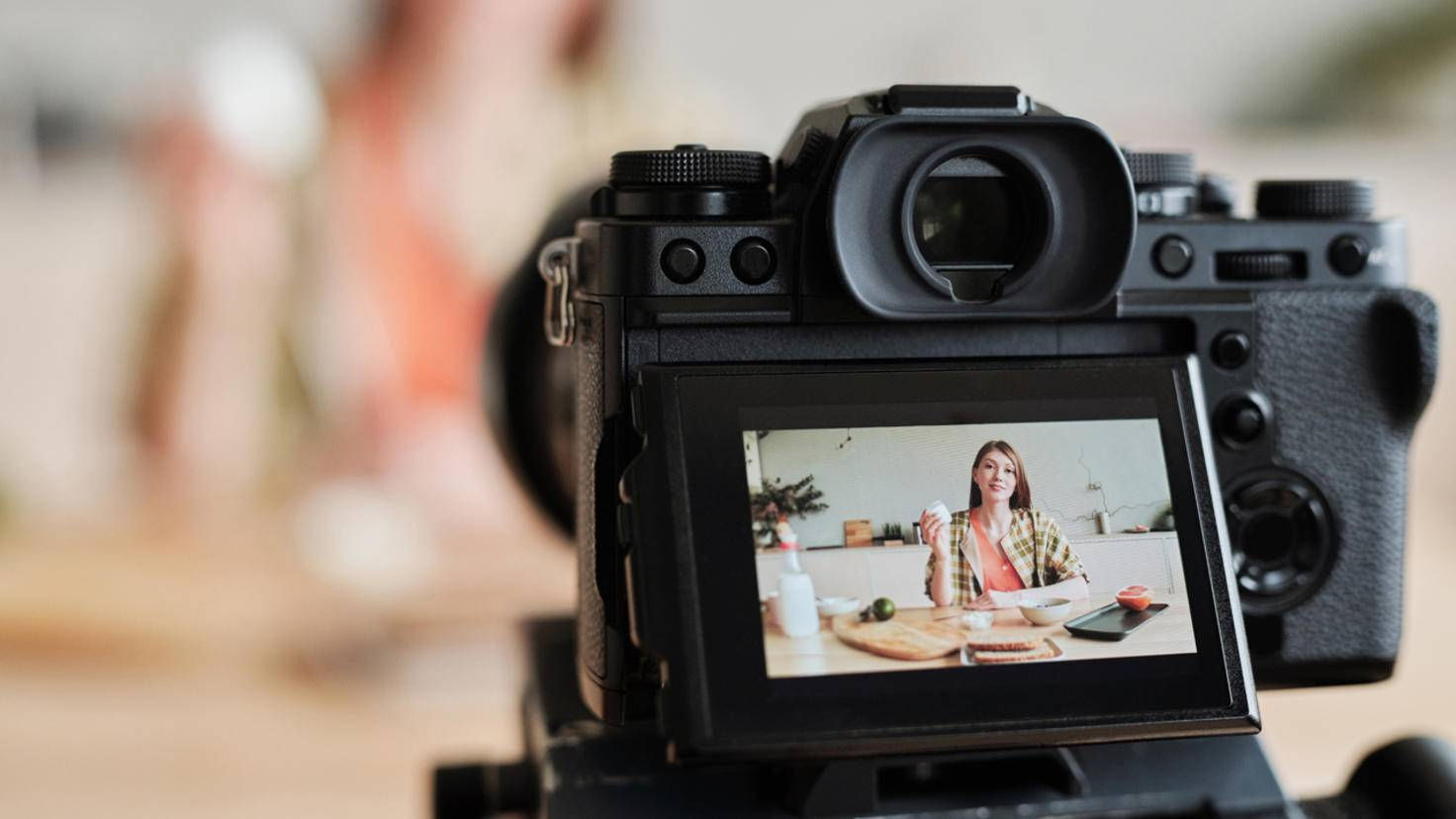 vlog-equipment-ausruestung-vlogger-zubehoer-kamera